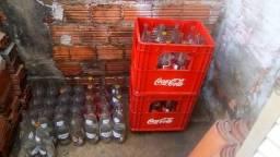 02 grades de retornável de um litro (coca cola) + 24 garrafas avulsas de um litro