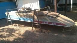 Canoa e Motor de Polpa