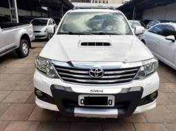 Toyota Hilux Sw4 SRV 3.0 4X4 7 LUGARES 4P - 2013
