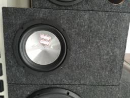 """Alto falante Unlike, 160RMS, 8"""", com box , instalado. R$ 280,00."""
