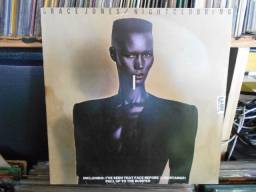 Lp grace jones -nigtclubbing (raro)