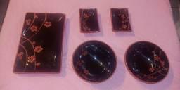 Jogo de Jantar Japonês de Louça Vermelho e Preto - Luxo ( R$ 50,00 ), usado comprar usado  Brasilia