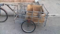 Carrocinha de engatar na bicicleta