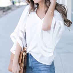 Blusa feminina com decote em V