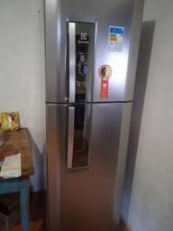 Título do anúncio: Vendo geladeira nova