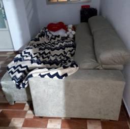 Título do anúncio: Vendo sofá, mesa e armário