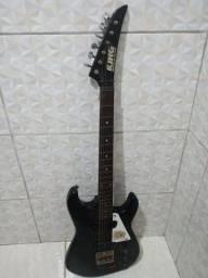 Vendo essa guitarra ganhei mas nem sei toca i nem tenho interesse