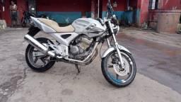 Título do anúncio: Vendo twister 250cc