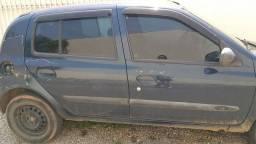 Título do anúncio: Clio hatch 2004 1.0 8v