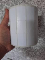 2 rolo etiqueta 34x23 (3,4x2,3) adesiva 5.000 UN no rolo papel couche.