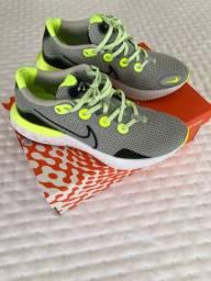 Tênis Nike usado apenas duas vezes