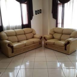 Título do anúncio: Conjunto de sofás