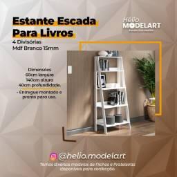 Título do anúncio: Estante Escada p/ Livros 140cm  - 100% Mdf Branco