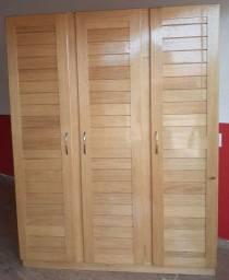 Título do anúncio: Guarda-roupa 3 portas de madeira novo