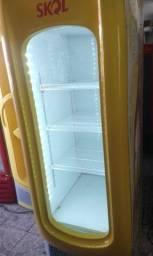 Freezer expositor cervejeiro metalfrio novo modelo 220V super novo