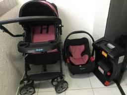 Carrinho de Bebê + Bebê conforto + base
