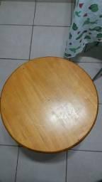Título do anúncio: Mesa em madeiea