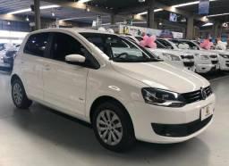 Volkswagen Fox 1.0 , 14/14 completo pegamos carros e motos como entrada - 2014