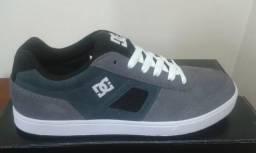 072de2ce04 Tênis DC Shoes Cue TX Tam. 38 - Original