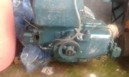 Motor de barco b18