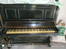 Vendo Piano Alemão, raridade.