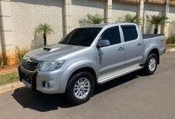 Hilux srv 3.0 4x4 automatica Diesel Parcela 1.449,44 - 2013