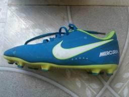 16cd99c8395ee Futebol e acessórios no Brasil