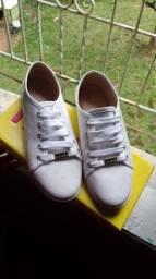0078d5edc4 Roupas e calçados Femininos - Farroupilha, Rio Grande do Sul | OLX