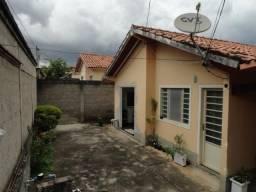 Casa 03 quartos, bairro Alto das Flores, Betim