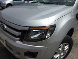 Ford ranger cs flex com gnv só na Vidal veículos falar com islam 98831.7101 - 2014