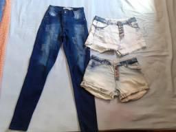 Calça e dois shorts jeans por 50,00 (leia a descrição)