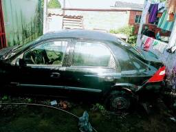 Vende se carro com defeiro e multas faxo negocio con motor - 2008