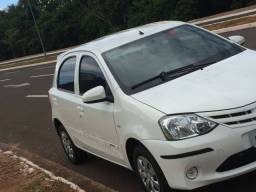 Vendo Etios Hatch X 2015 -
