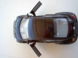 Miniatura New Beetle Colecionador cor preto oferta aproveite
