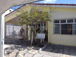 Excelente casa na avenida Rui Barbosa em jardim Atlântico com 480m2 pertinho da avenida