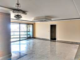 Apartamento na Orla da Ponta Negra com quatro Suites