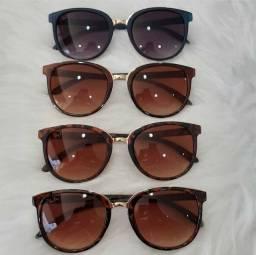 Óculos  feminino  estilo  cara de Rica