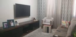 Apartamento 2 quarto com dependência - Moveis planejados - Reformado
