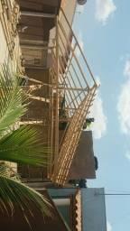 Título do anúncio: CARPINTEIRO trabalho com reformas concertos montagem de telhados em geral