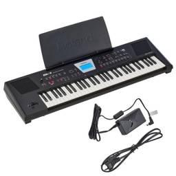 Teclado Arranjador Roland BK3 61 Teclas USB (Somente venda).