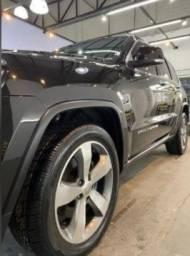 Título do anúncio: Jeep Grand Cherokee Limited 14/14 Impecável
