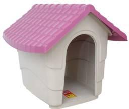 Casa de cachorro de plástico bem resistente R$ 150,00
