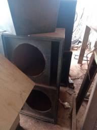 Várias caixas de som vários modelos