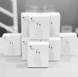 Fonte +  Cabo para IPhone USB - C p/ Lightning