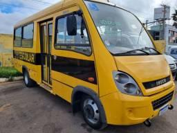Micro onibus escolar Iveco Cityclass 70c17 ano 2014