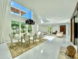 Título do anúncio: Casa para venda tem 738 metros quadrados com 5 quartos em Parque Verde