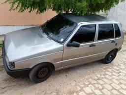 Vende-se Fiat uno 2002 com som de mala - 2002