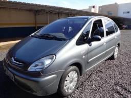 Picasso 2007 - 2º dono - Motor novo