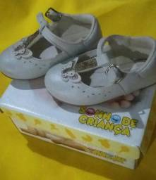 Vendo calçados infantil