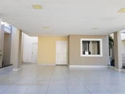 Vende-se Casa no condomínio Village do Bosque com 3/4 sendo 1 Suíte